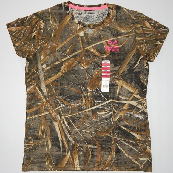 6172a0ba Realtree Tops | Max5 Camouflage Tshirt Green Brown Pink | Poshmark